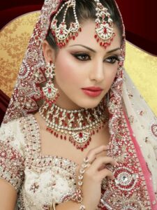 Indian Bridal makeup beauty tips for bride indian wedding hair style, trendy hairstyles hair care makeup artist ladies beauty parlour salon Borivali Kandivali mumbai bridal pre bridal package reasonable cost Rs 4000 complete family bridal package Rs 10000