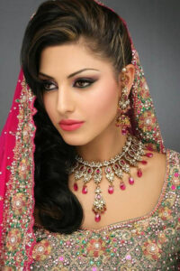 bridal makeup with Complete Bridal package pre-bridal package Mumbai Family Bridal package Rs 15000