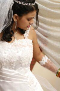 Christian bride Experienced Professional makeup artist bridal prebridal package Dahisar Mumbai Reasonable cost Rs 3500