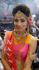 Bridal-makeup-bridal-prebridal-package-beauty-tips-eye-makeup-hairstyles-Goregaon-mumbai-reasonable-cost-Rs-5000 Mira road Bhayander Dahisar family bridal package Rs 15000
