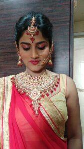Bridal-prebridal-makeup-Bridal-hairstyles-indian-bridal-makeup-Kandivali-Mumbai-reasonable-cost-Rs-4000 Andheri vile parle santacruz khar bandra family bridal package Rs 15000