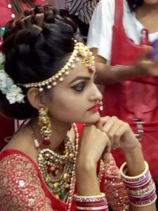 Bridal-Makeup-artist-bridal-pre-bridal-package-Andheri-mumbai-Reasonable-cost-Rs-3500 Andheri vile parle santacruz khar bandra family bridal package Rs 15000